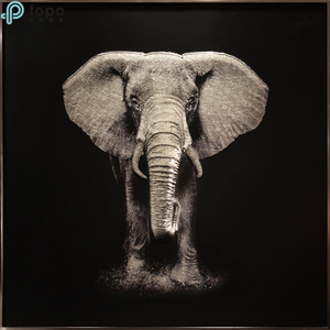 3D Lifelike Elephant Glass Painting on Ultra Clear Low Iron Glass